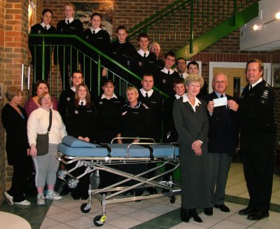 The Bordon Charity presents Liphook St John Ambulance with �1000